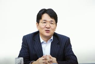 """""""조원태의 흑자전환 승부수 통했다""""…대한항공 2분기 '어닝서프라이즈'"""